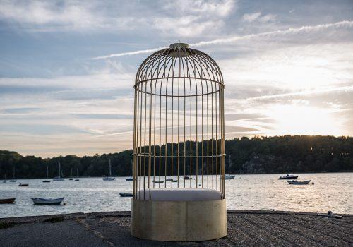 Siège cage posé